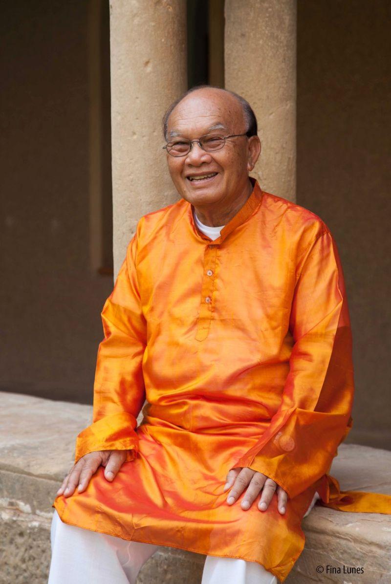 el maestro Dhiravamsa