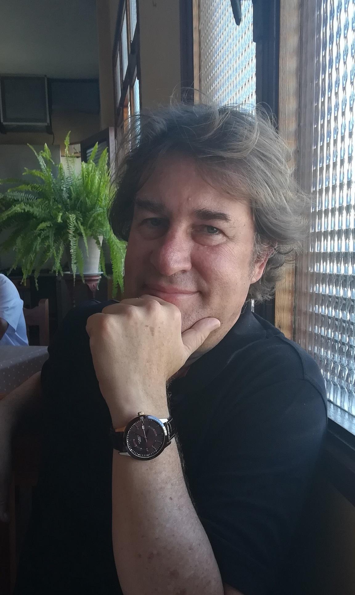 Imagen: El periodista, crítico gastronómico y escritor Fran Belín González