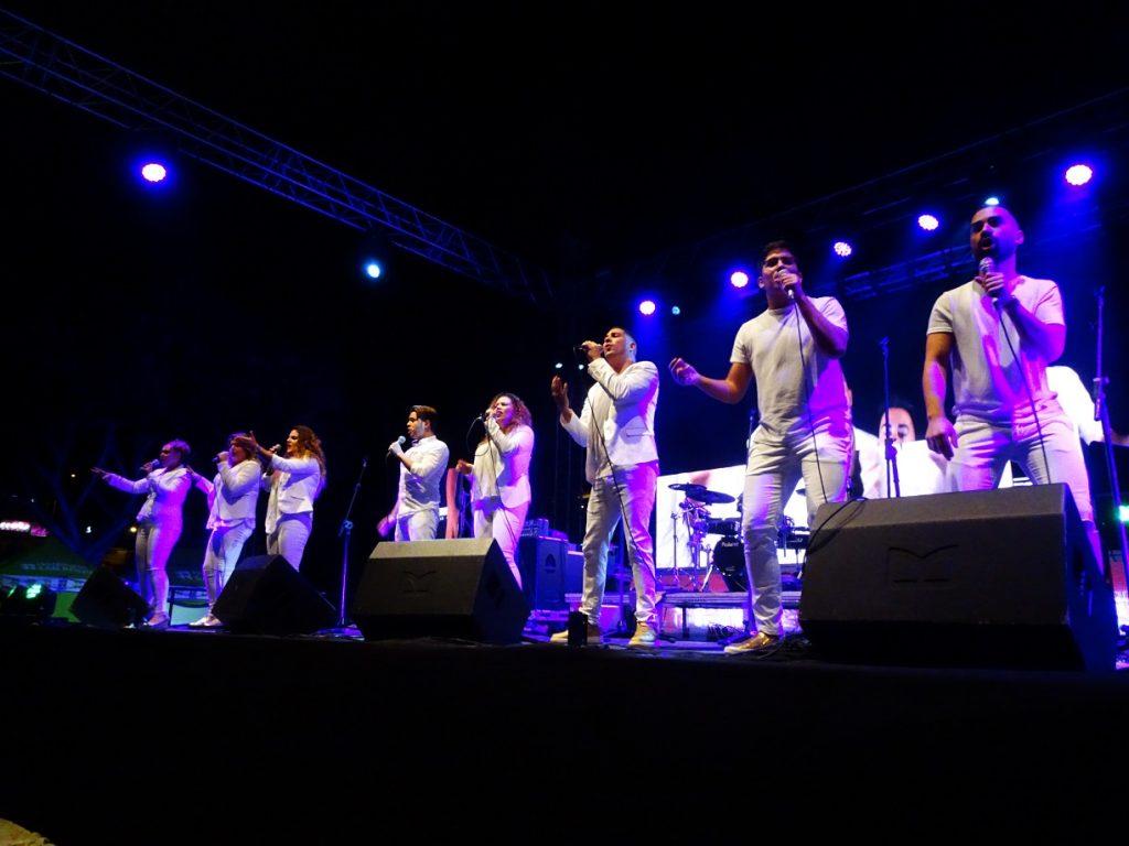 Rainbow gospel Choir 2